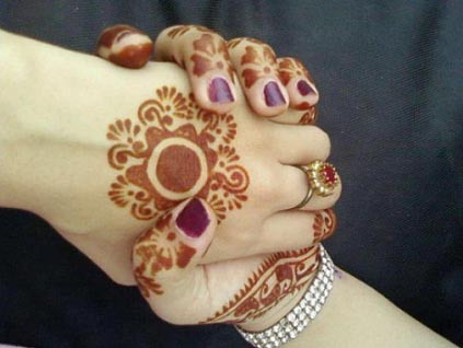 SIMPLE BRIDAL MEHNDI