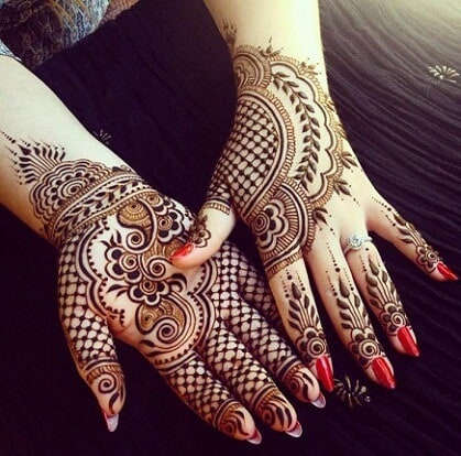 COLOUR MEHNDI DESIGN
