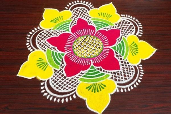 Attractive Floral Rangoli Design