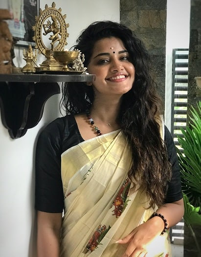Kerala Saree with Black Blouse