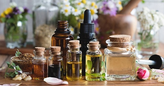 Natural Oils Treatment For Dry Skin In Winter