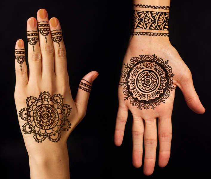 Circular Mehandi Art For Festival Diwali